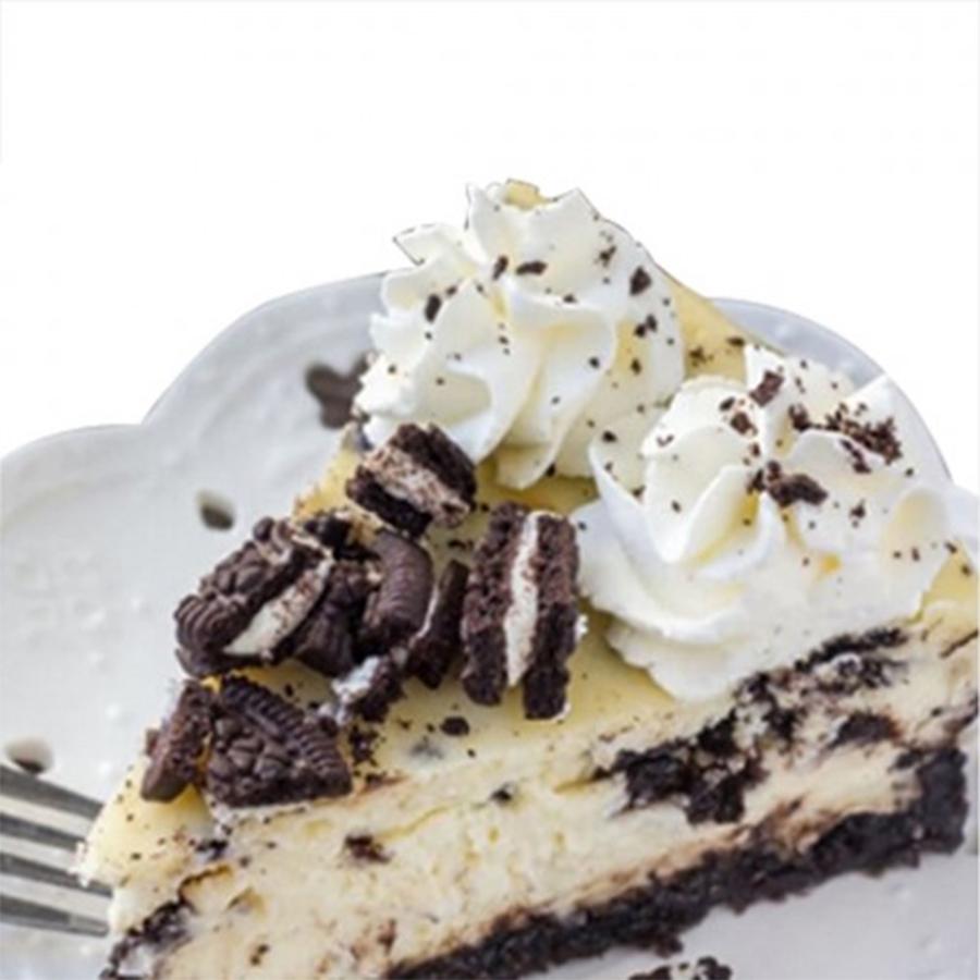 Oreo Style Cheesecake - 8 inch ( feeds 5-6)