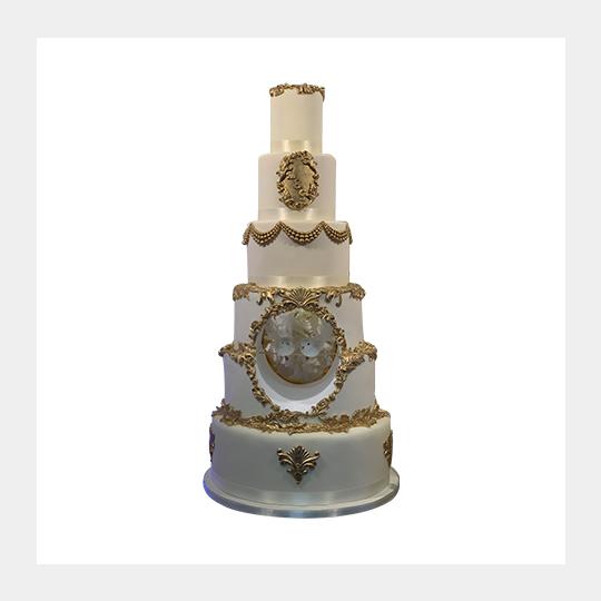 Luxury & Eleagnt Doves Gold Regal Cake